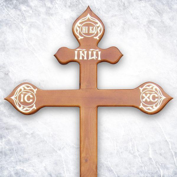 Крест «Сосновый фигурный» светлый